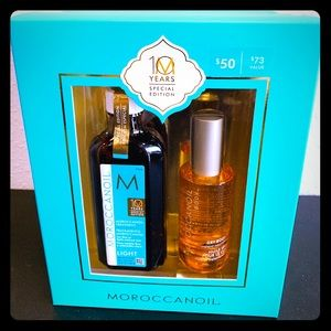 Moroccanoil Light Treatment and Dry Oil